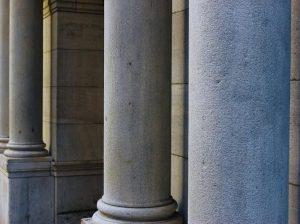 Architektoniczne kolumny betonowe